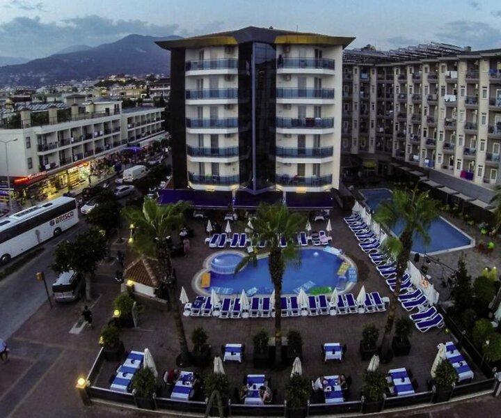 Parador Beach Hotel günstig bei weg.de buchen - Bild von FTI Touristik