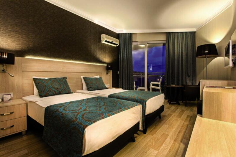 Hotelzimmer im Parador Beach Hotel günstig bei weg.de