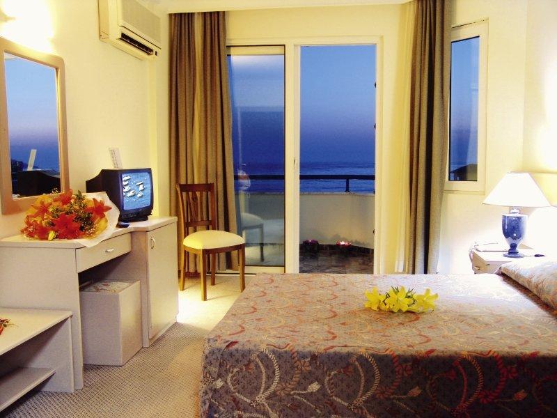 Elysee Beach Hotel 252 Bewertungen - Bild von FTI Touristik