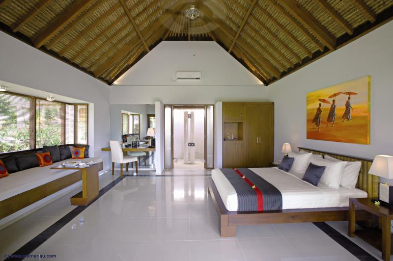 Hotelzimmer mit Tischtennis im Siddhartha Ocean Front Resort & Spa