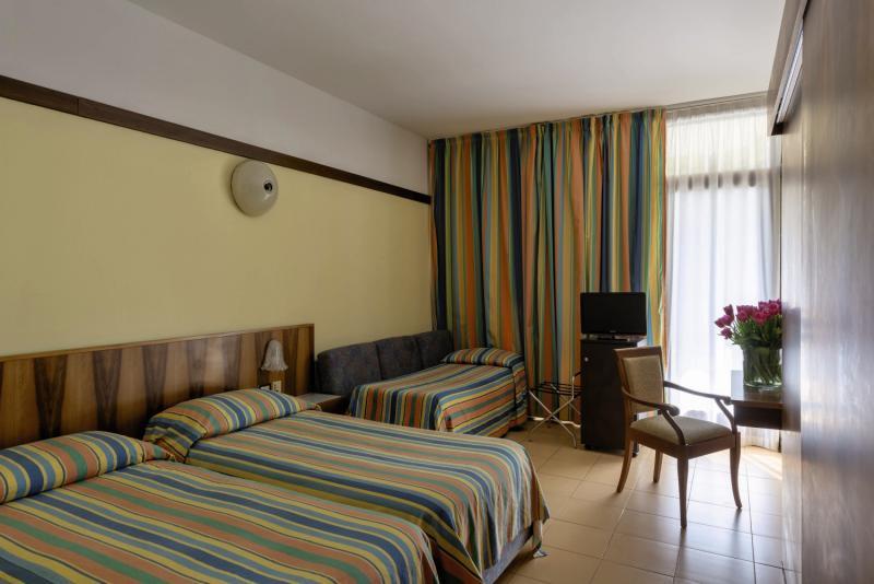 Hotelzimmer im Sport Hotel Olimpo günstig bei weg.de
