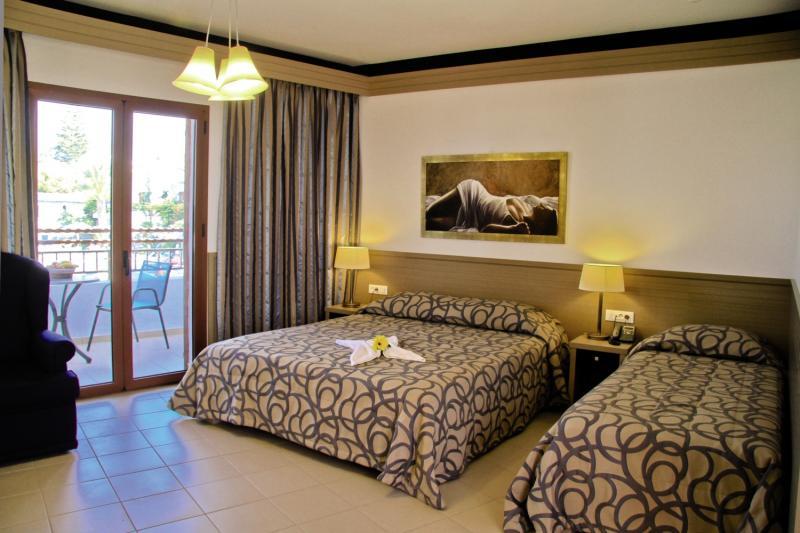 Hotelzimmer im Nana Beach günstig bei weg.de