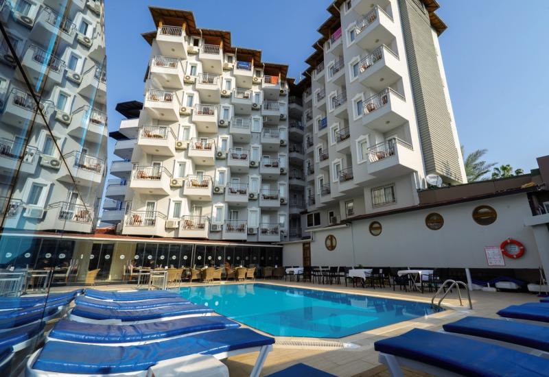 Azak Beach Hotel in Türkische Riviera - Bild von FTI Touristik