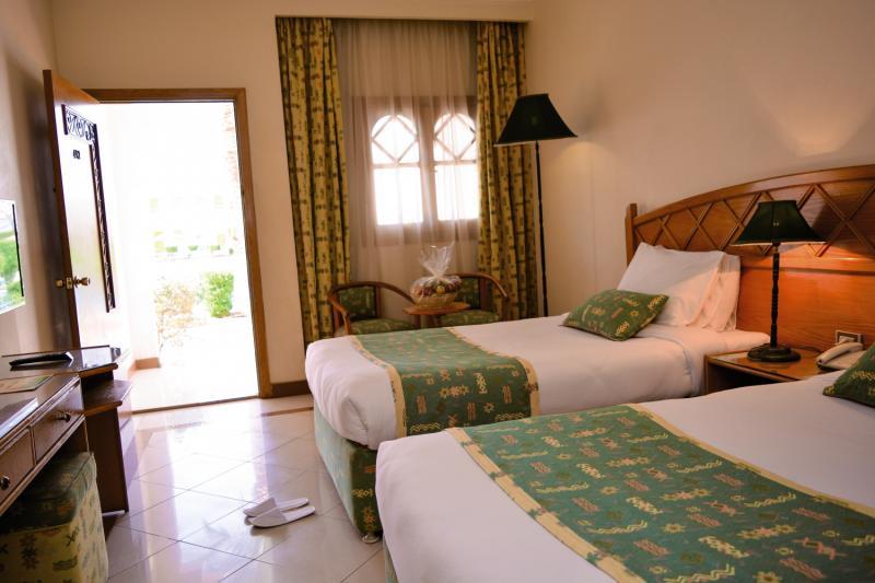 Hotelzimmer im Dive Inn Resort günstig bei weg.de