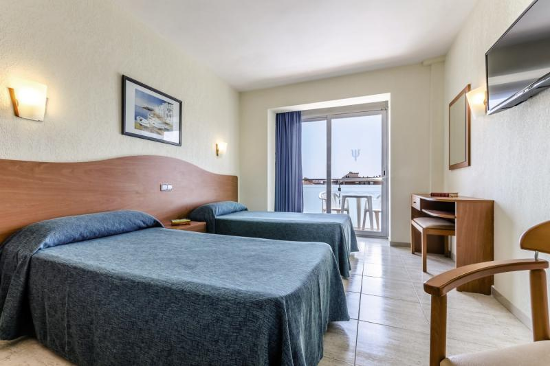 Hotelzimmer im Mar Blau Hotel günstig bei weg.de