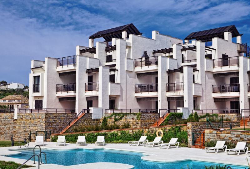 Hotel Casares del Mar Luxury Apartments günstig bei weg.de buchen - Bild von FTI Touristik