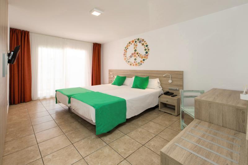 Hotelzimmer im Hotel Playasol Bossa Flow günstig bei weg.de