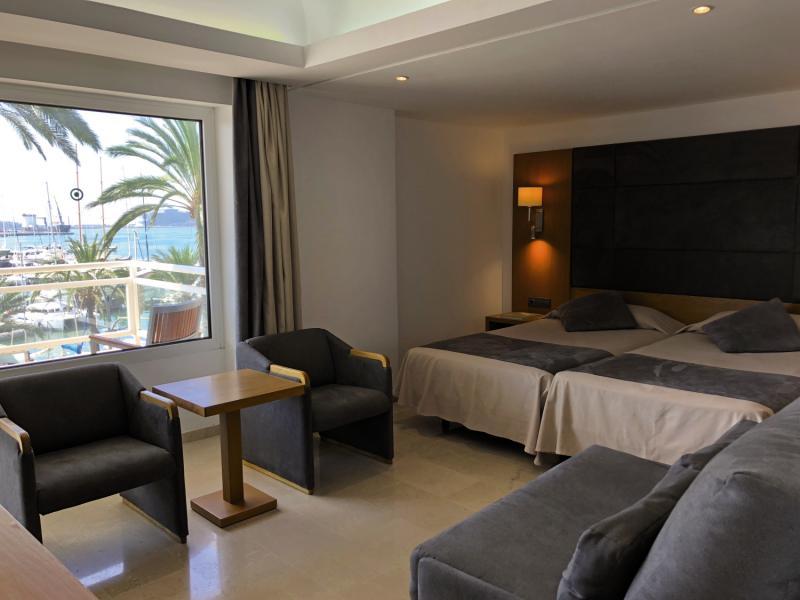 Hotelzimmer mit Golf im THB Mirador