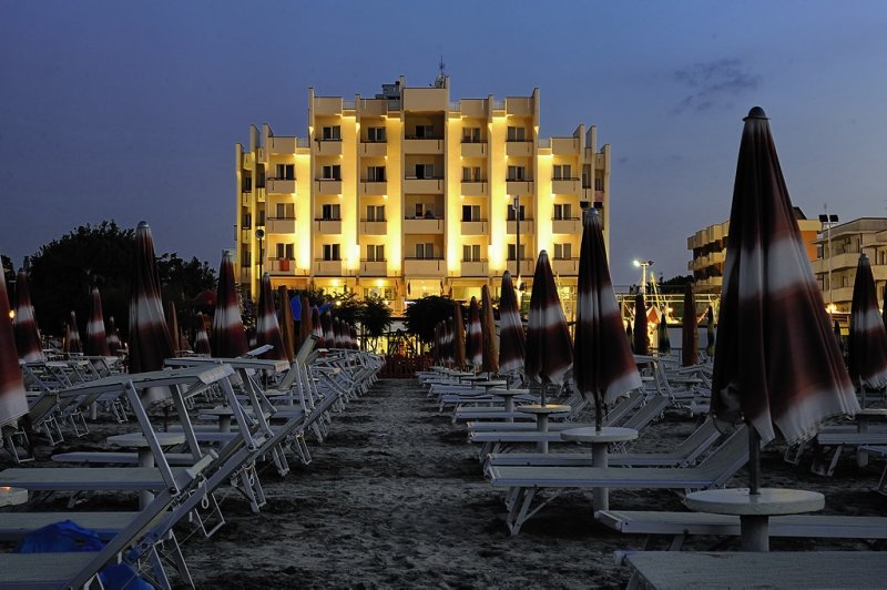 Hotel Life 5 Bewertungen - Bild von FTI Touristik