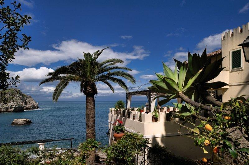 Hotel Belmond Villa Sant'Andrea günstig bei weg.de buchen - Bild von FTI Touristik