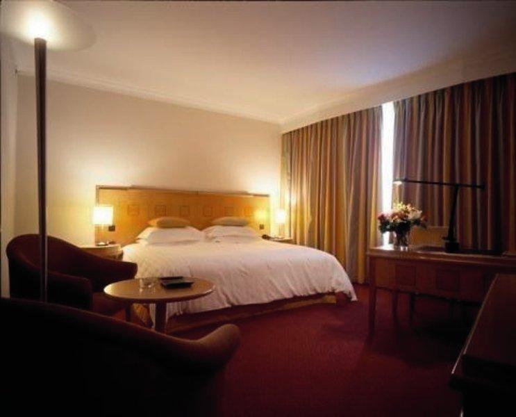 Hotelzimmer mit Golf im Hilton Amsterdam