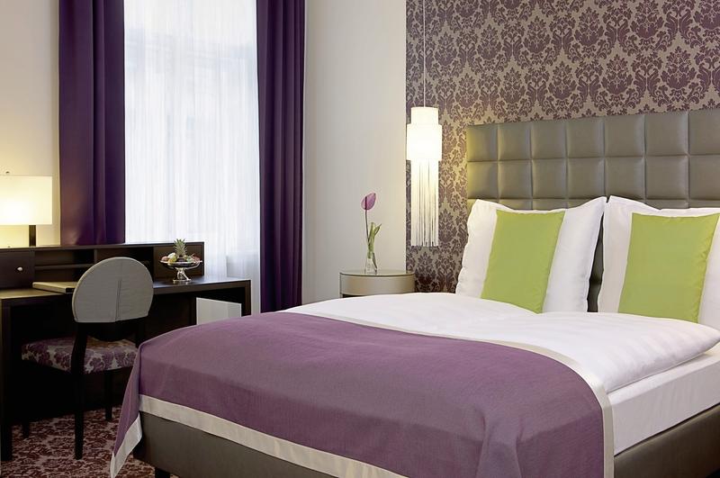 Hotelzimmer mit Kinderbetreuung im Steigenberger Hotel Herrenhof