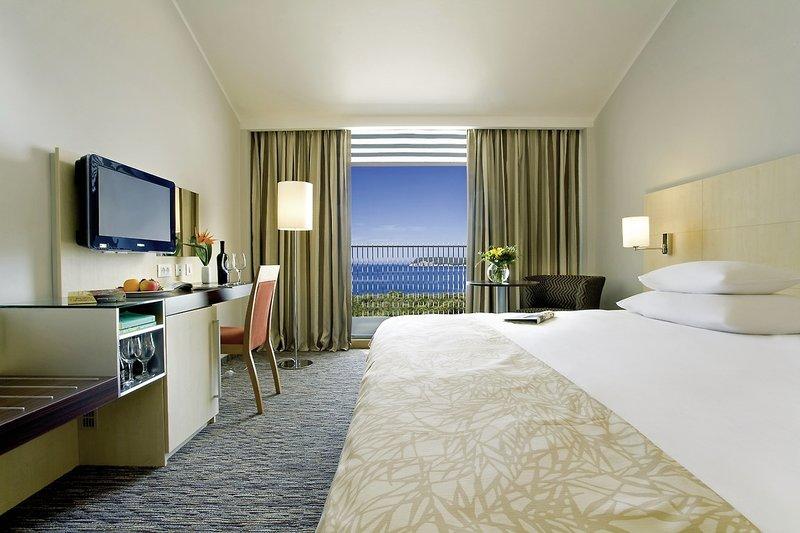 Hotelzimmer mit Volleyball im Valamar Lacroma Dubrovnik Hotel