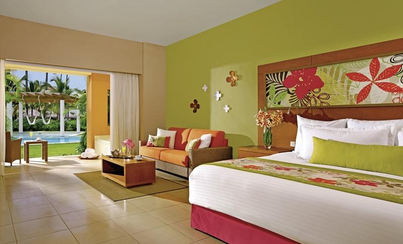 Hotelzimmer mit Mountainbike im Secrets Royal Beach Punta Cana