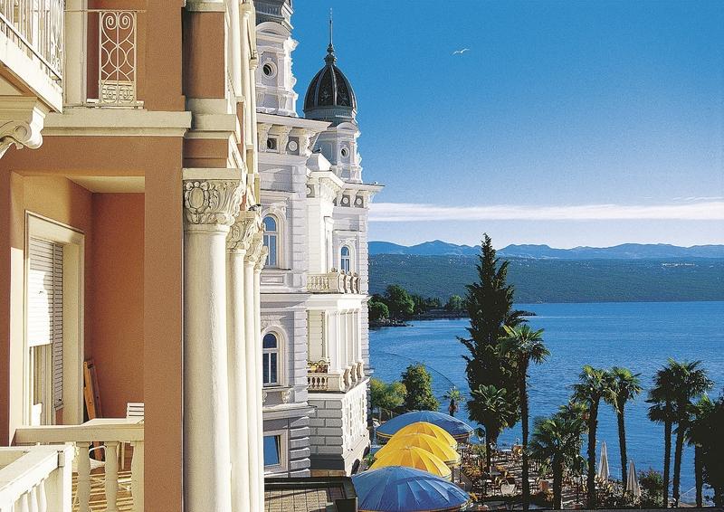 Remisens Premium Grand Hotel Palace günstig bei weg.de buchen - Bild von DERTOUR