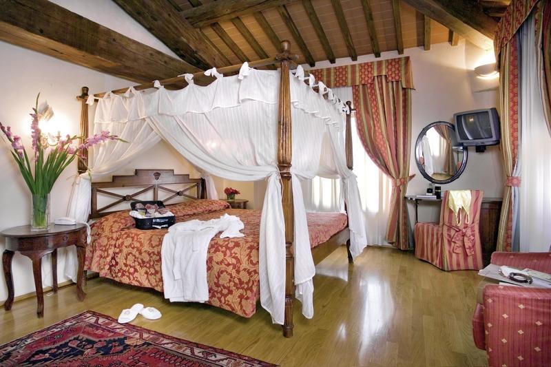 Hotelzimmer mit Fitness im Villa Casagrande Hotel Spa Wine