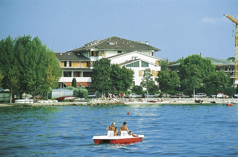 Hotel Nettuno in Oberitalienische Seen & Gardasee - Bild von DERTOUR
