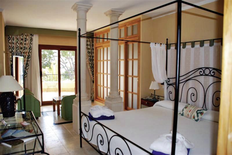 Hotel Petit Cala Fornells 134 Bewertungen - Bild von DERTOUR