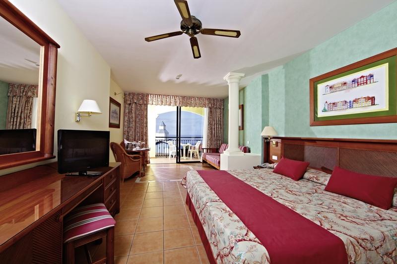 Hotelzimmer im Sunlight Bahia Principe Costa Adeje günstig bei weg.de