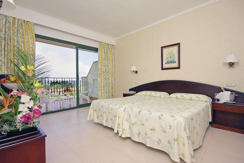 Hotelzimmer mit Volleyball im Valentin Son Bou Hotel & Apartements