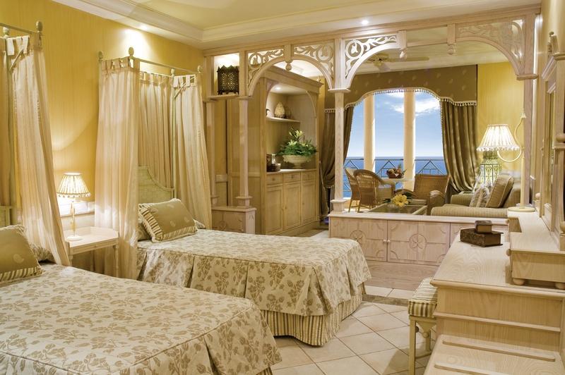 Hotelzimmer mit Golf im Iberostar Grand El Mirador