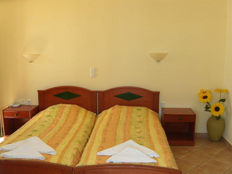 Hotelzimmer mit Surfen im Pyrgos Beach