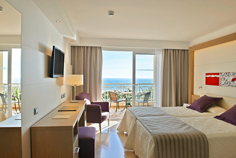 Hotelzimmer im TUI Sensimar Playa la Barrosa günstig bei weg.de