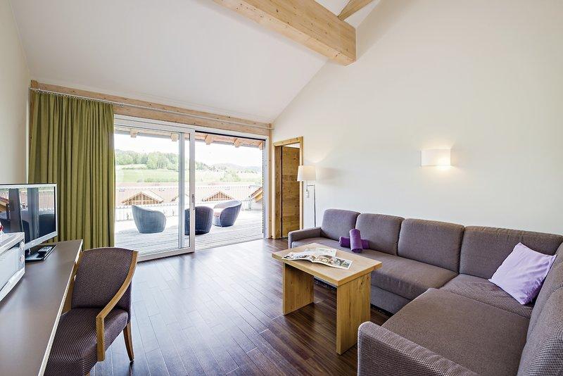 Hotelzimmer mit Mountainbike im Familotel Schreinerhof