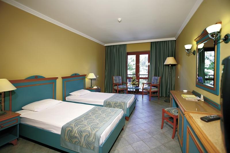 Hotelzimmer im Club Grand Side günstig bei weg.de