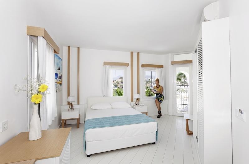 Hotelzimmer mit Volleyball im Labranda TMT Bodrum