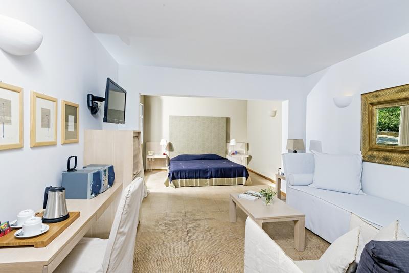 Hotelzimmer mit Yoga im Minos Beach Art Hotel