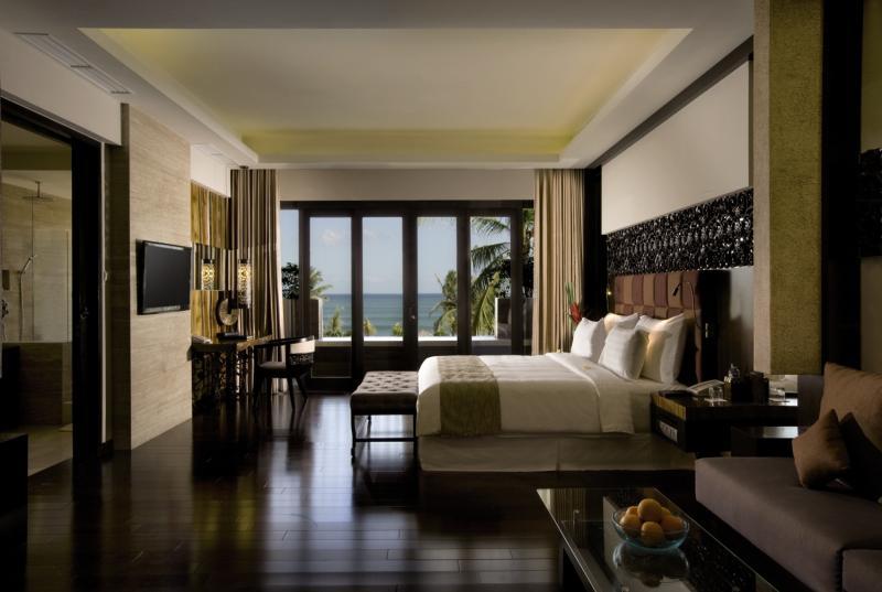 Hotelzimmer mit Yoga im Seminyak Beach Resort & Spa