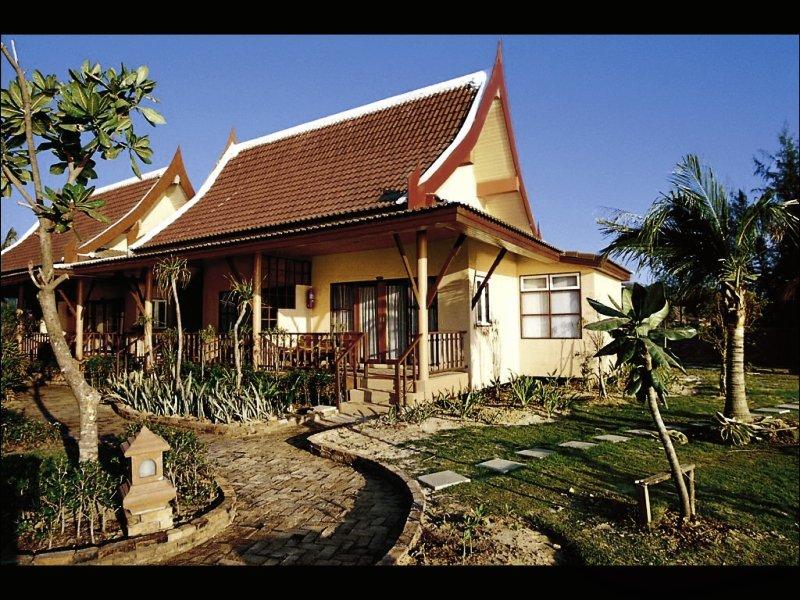 Hotel Lanta Casuarina Beach Resort in Krabi - Bild von FTI Touristik