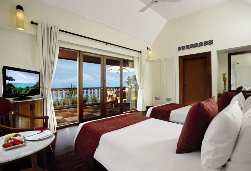 Hotelzimmer mit Tischtennis im Centara Villas Phuket