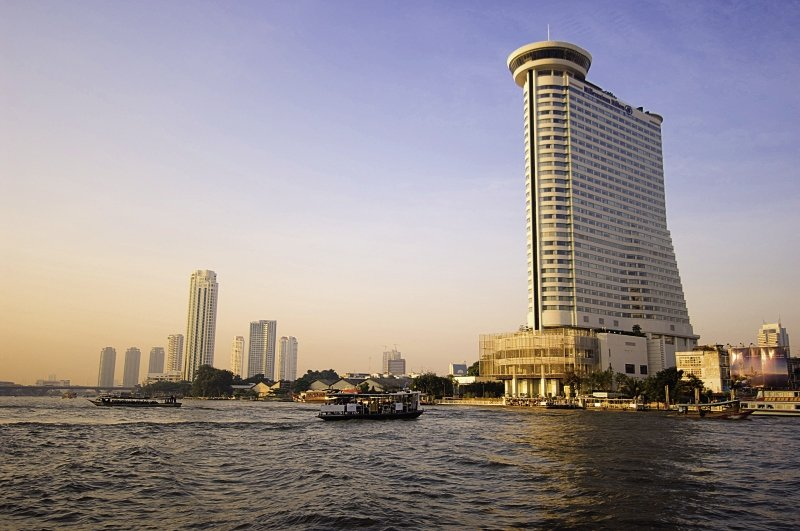 Hotel Millennium Hilton Bangkok in Bangkok und Umgebung - Bild von FTI Touristik