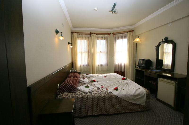 Hotelzimmer im Destina Hotel günstig bei weg.de