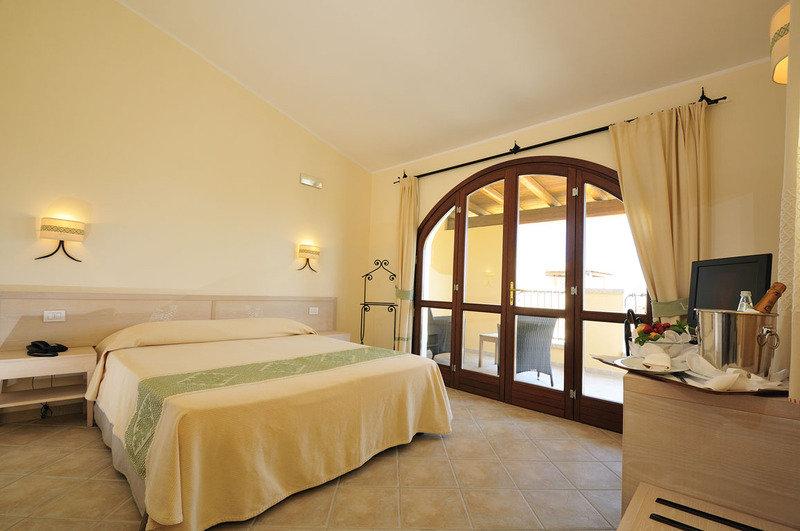 Hotelzimmer mit Tischtennis im Baia del Porto