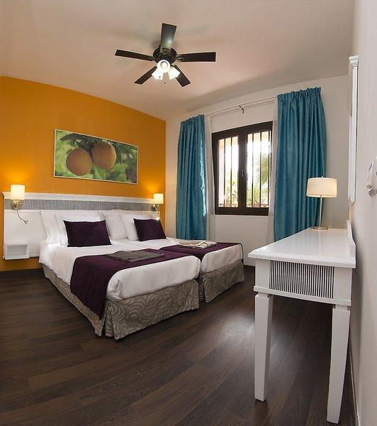 Hotelzimmer mit Golf im Coral Los Alisios