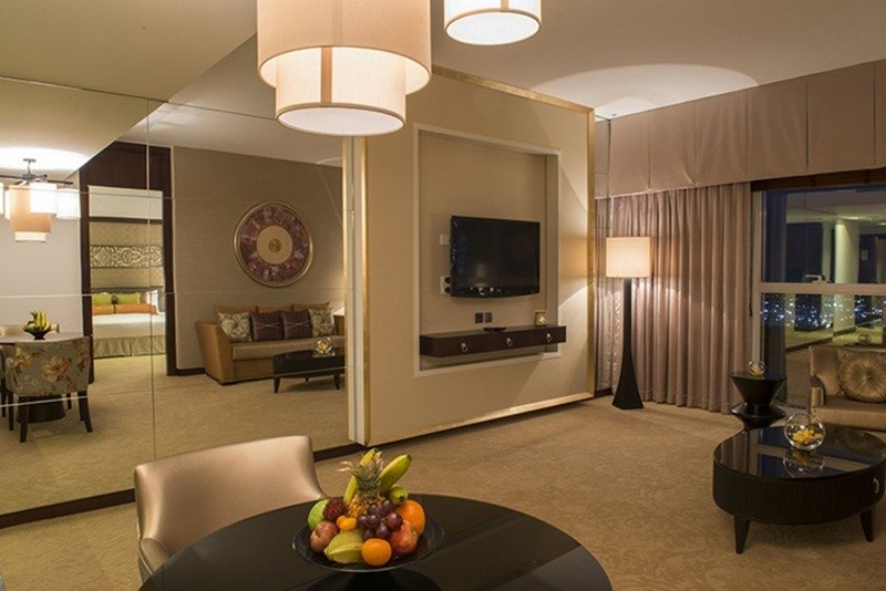 Hotelzimmer mit Wassersport im Dusit Thani Dubai