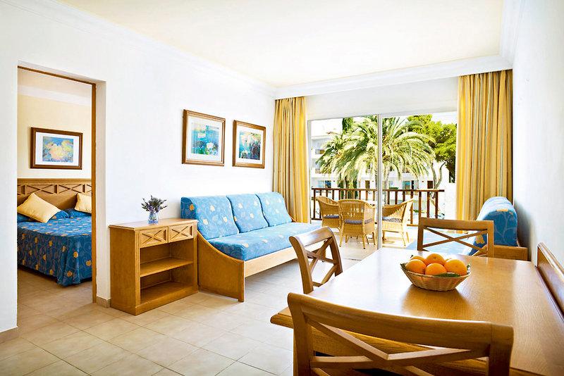 Hotelzimmer im Inturotel Cala Azul Park günstig bei weg.de