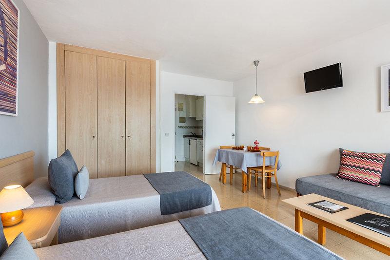 Hotelzimmer im Cenit günstig bei weg.de