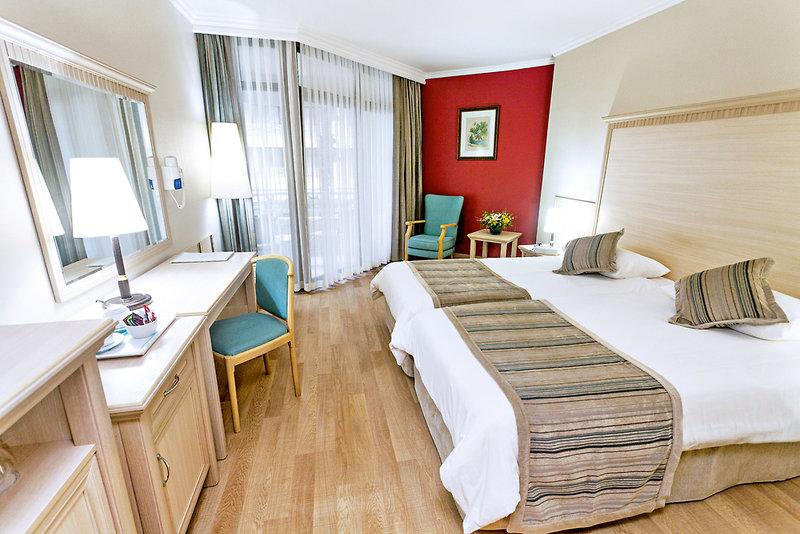 Hotelzimmer im Hotel Aqua günstig bei weg.de