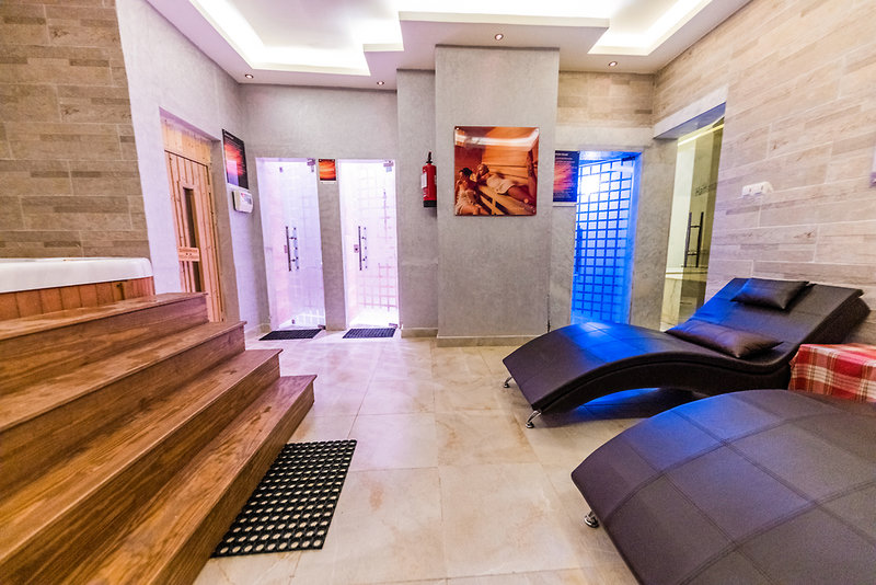 Hotelzimmer mit Volleyball im SUNRISE Select Holidays Resort