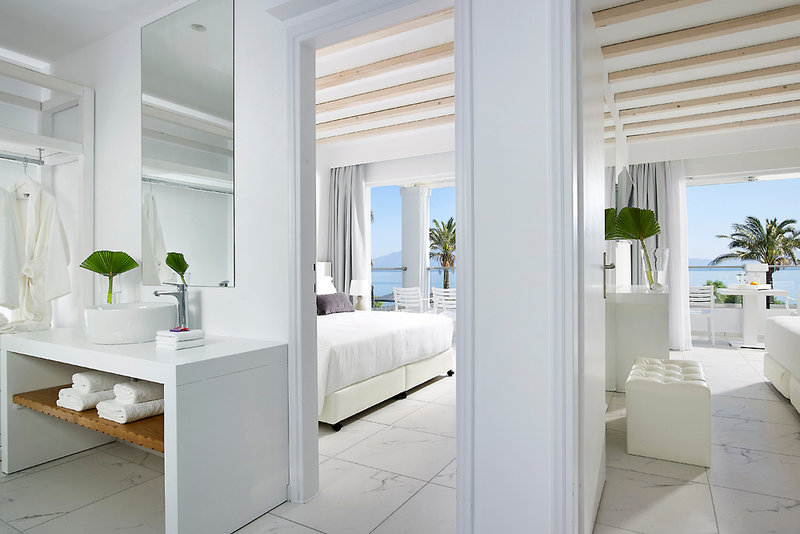 Hotelzimmer mit Tischtennis im Dimitra Beach Resort Hotel