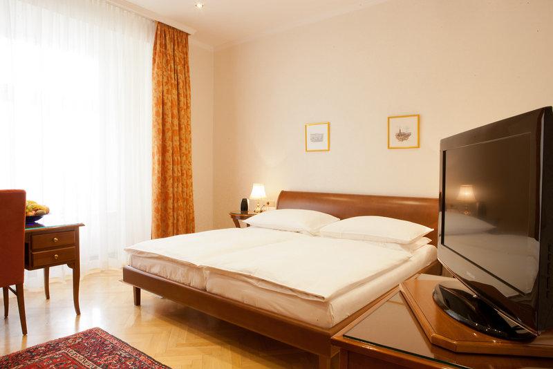 Hotelzimmer mit Friseur im TOP CityLine Hotel Kaiserin Elisabeth
