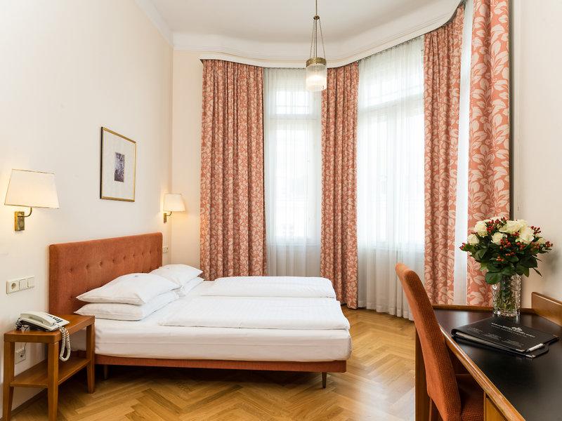 Hotelzimmer mit Klimaanlage im Hotel Johann Strauss