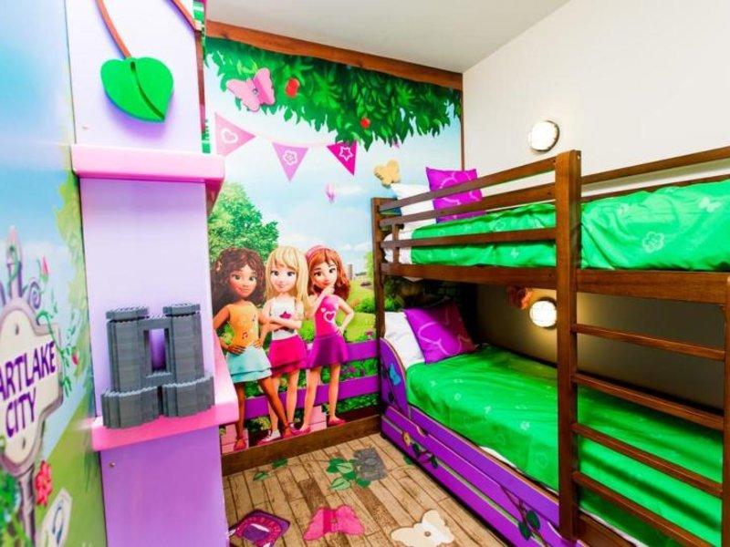 Hotelzimmer mit Pool im LEGOLAND® Beach Retreat