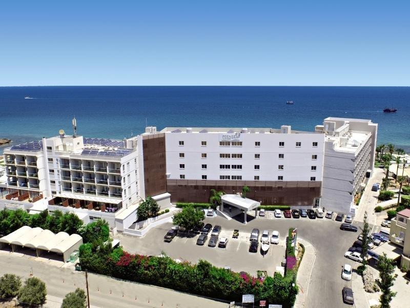 Hotel Pernera Beach in Zypern Süd - Bild von FTI Touristik