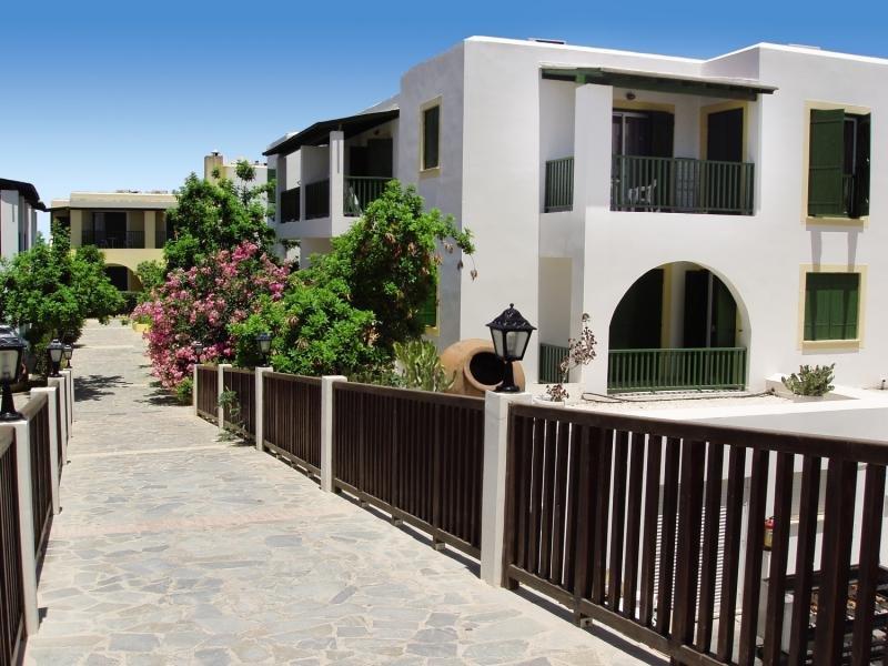 Hotel Kefalos Beach Tourist Village in Westen (Paphos) - Bild von FTI Touristik
