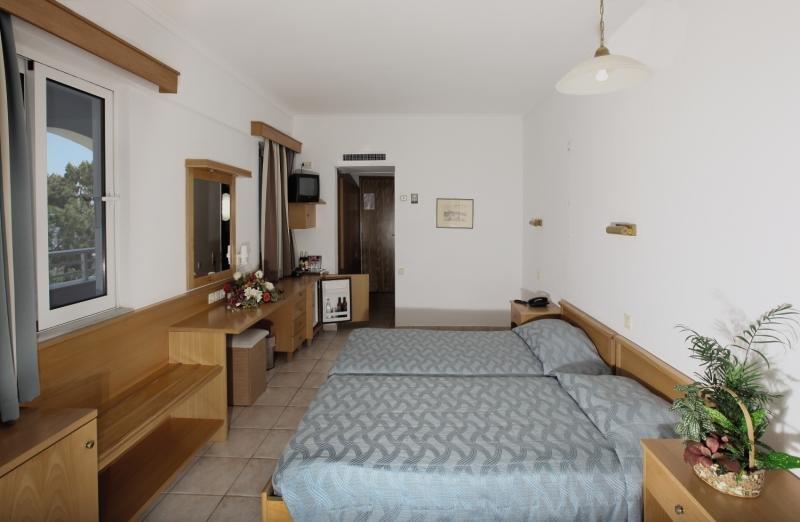 Hotelzimmer im Continental Palace günstig bei weg.de
